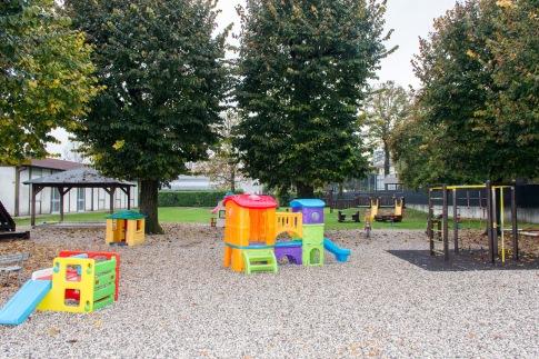 Scuola Morassutti giardino
